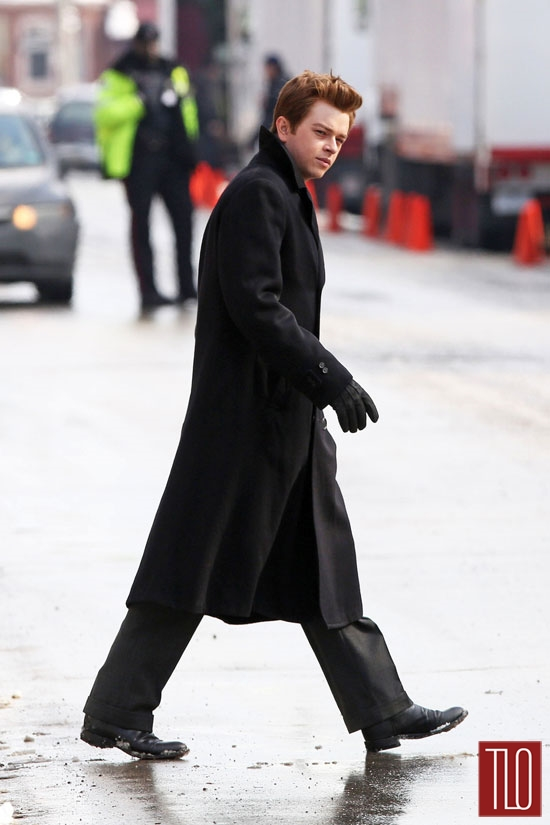 Robert-Pattinson-Dane-DeHaan-On-Set-Life-Movie-Tom-Lorenzo-Site (6)