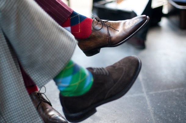 Socks-with-Similar-Patterns-streetstyle-fashion-mens