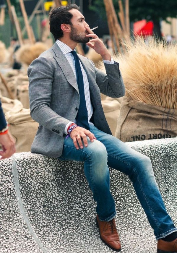 grey-jacket-jeans-blue-tie-smoking-pitti-uomo