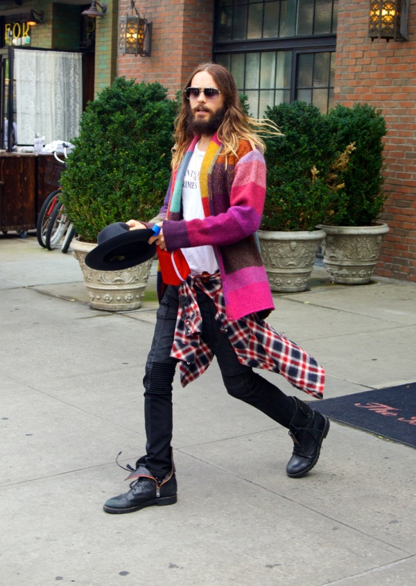 Jared Leto leaving a hotel in New York City Featuring: Jared Leto Where: New York City, New York, United States When: 15 Aug 2014 Credit: Alberto Reyes/WENN.com