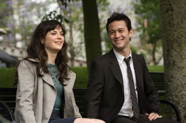 500 Days Of Summer (2009) | Pers: Joseph Gordon-Levitt, Zooey Deschanel | Dir: Marc Webb | Ref: FIV040AW | Photo Credit: [ The Kobal Collection / Watermark ] | Editorial use only related to cinema, television and personalities. Not for cover use, advertising or fictional works without specific prior agreement