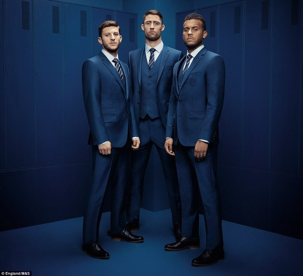 31505CCF00000578-3450956-Adam_Lallana_Gary_Cahill_and_Ryan_Bertrand_model_the_navy_suits_-a-47_1455714632191