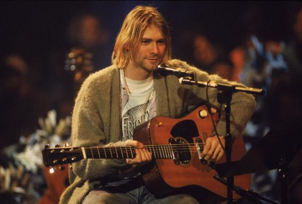 kurt-cobain-sweater