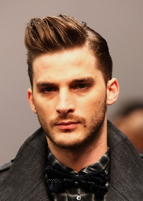 mens-hairstyles-undercut-hair-54efe6db0b3fb