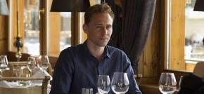 Mặc đẹp như Tom Hiddleston trong The NightManager