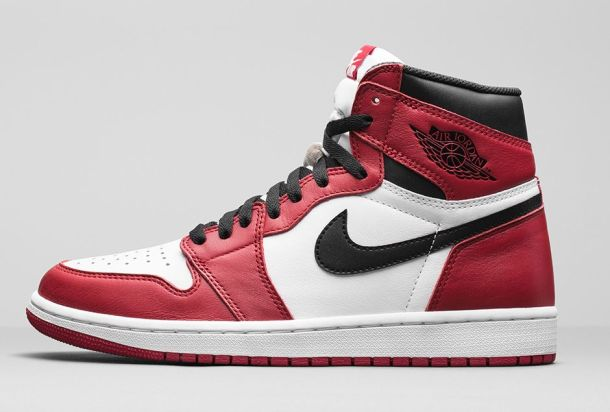 air-jordan-1-retro-high-og-varsity-red-chicago-bulls-1