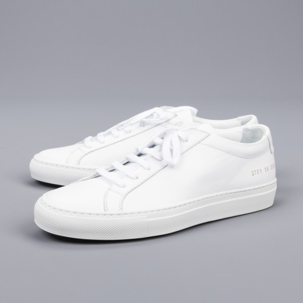 Common_Projects_Women-0297_7769e32e-9f13-4a81-afb9-f3f3ebd352e9