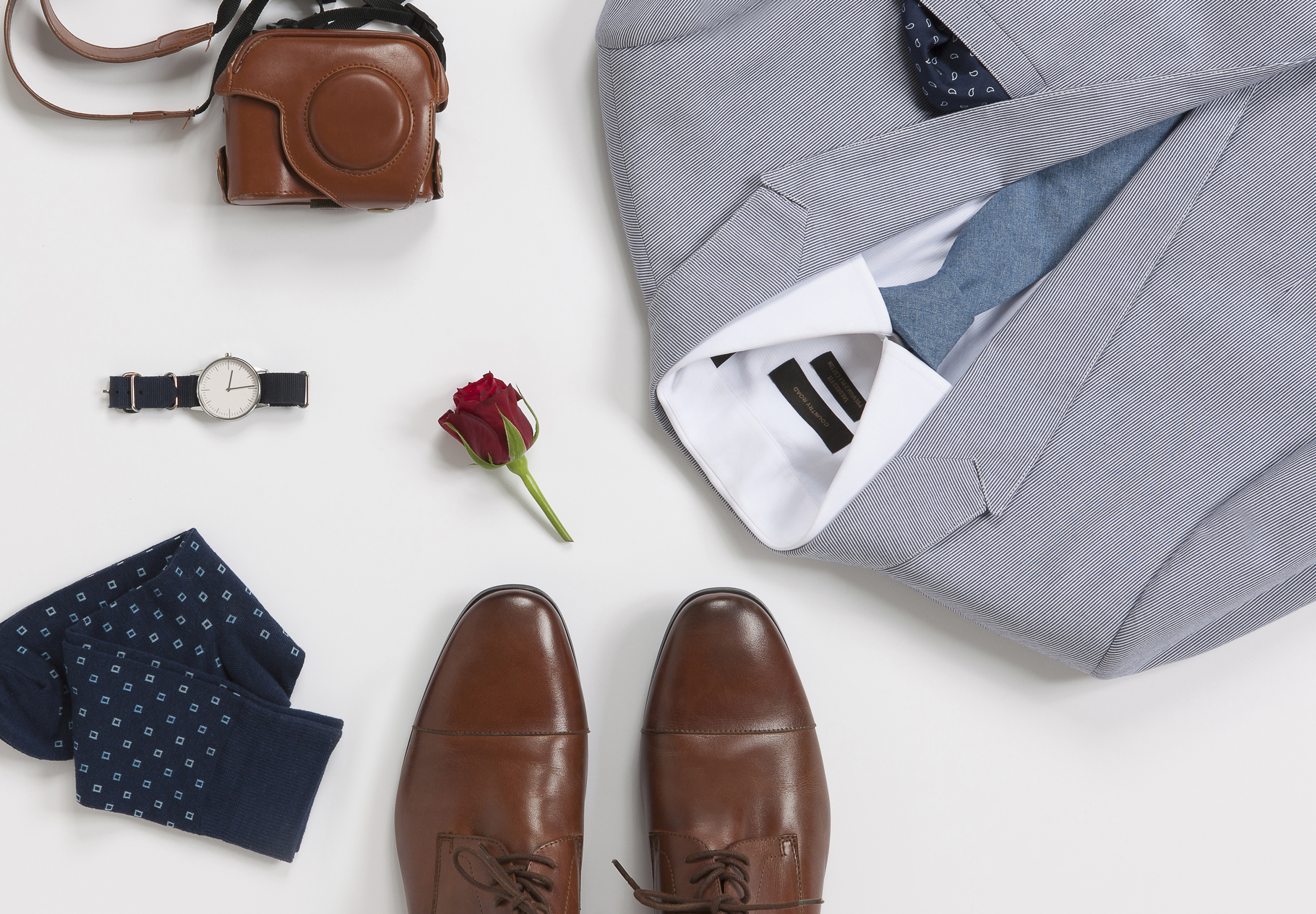 Country-Road-Menswear-Spring-2013-Racing-Flatlay-StakesDay