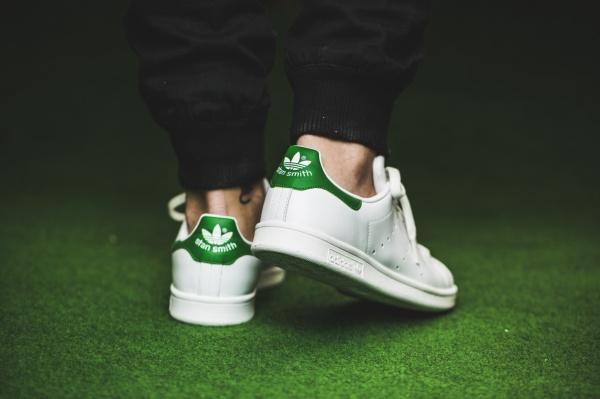 adidas-stan-smith-white-green-m20324-mood-3